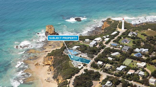 4 Federal St, Aireys Inlet is for sale.
