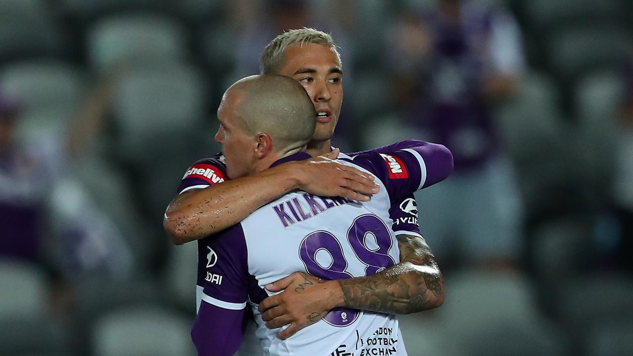 Perth Glory effortlessly cruised past the Mariners.