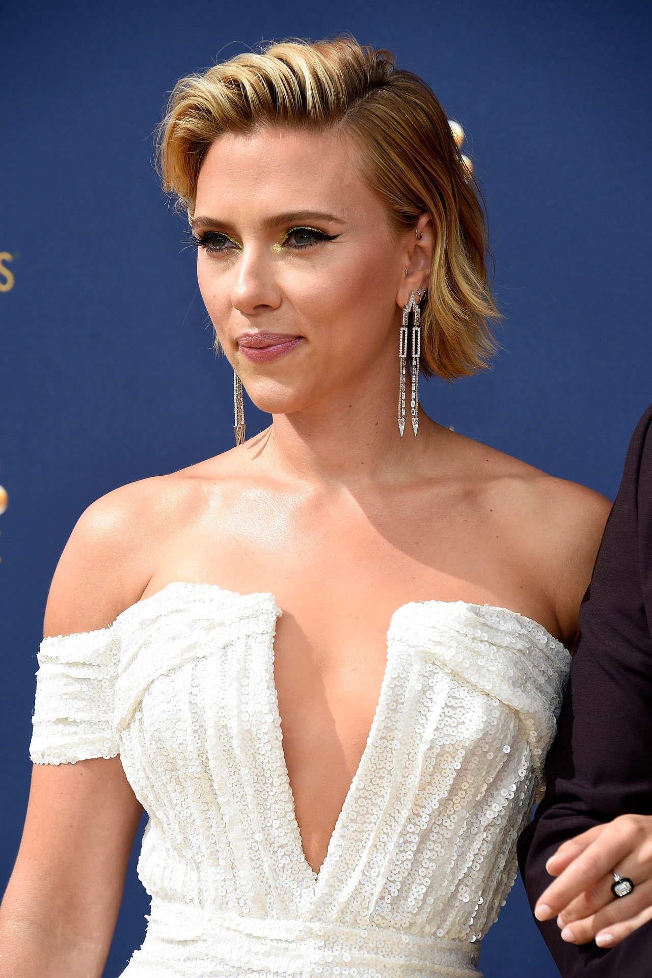 Scarlett Johansson has debuted a huge back tattoo on the 2018 Emmys red carpet