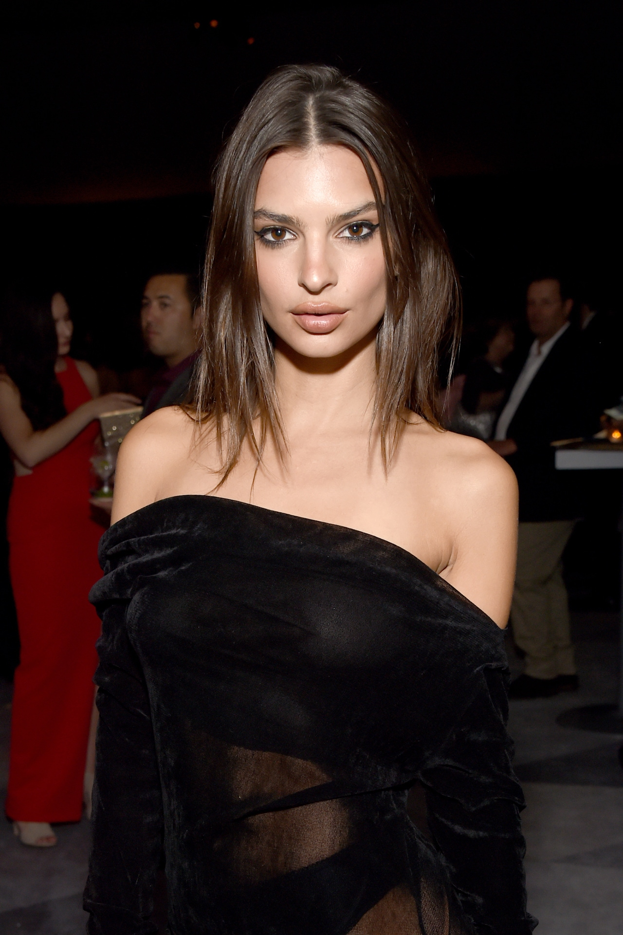 Emily Ratajkowski gives relatable advice on how to avoid a wardrobe malfunction