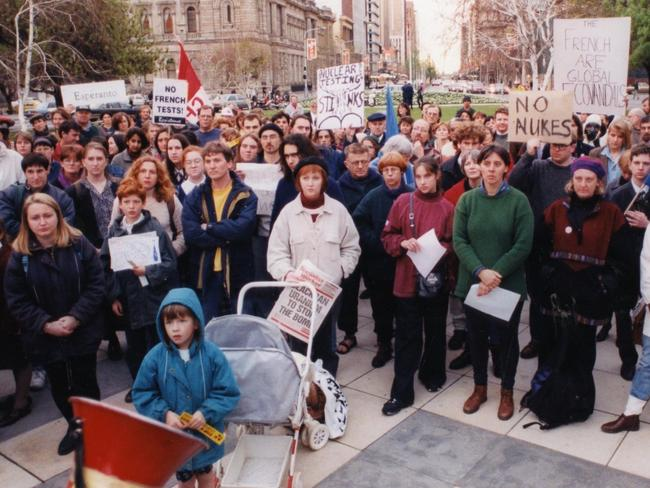 About 350 anti-nuclear demonstrators made up of young families and students rallied in Victoria Square, Adelaide against the previous day's French nuclear test at Mururoa Atoll. Picture: Supplied