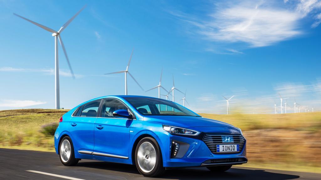 hyundai ioniq 43k electric car unveiled in brisbane. Black Bedroom Furniture Sets. Home Design Ideas