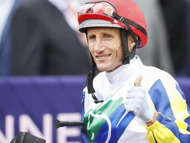Damien Oliver will swap his silks for his whites for TAB National Jockeys' Trust T20 Cricket Match.