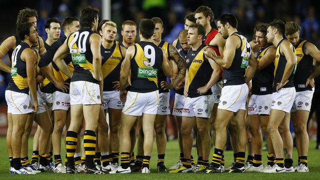 Richmond skipper Trent Cotchin addresses his team after the loss. Picture: Michael Klein