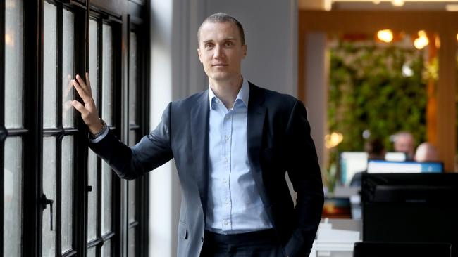 03/04/2018 Six park head of business development and former AFL player Ted Richards said robo investing can help those who are unsure where to invest their money.