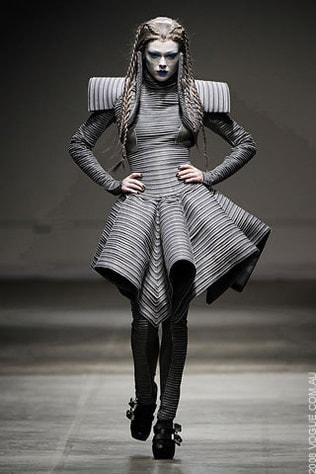 Gareth Pugh Ready-to-Wear Autumn/Winter 2008/09
