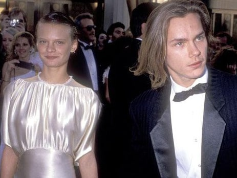 river phoenix samantha mathis remembers actor s final night