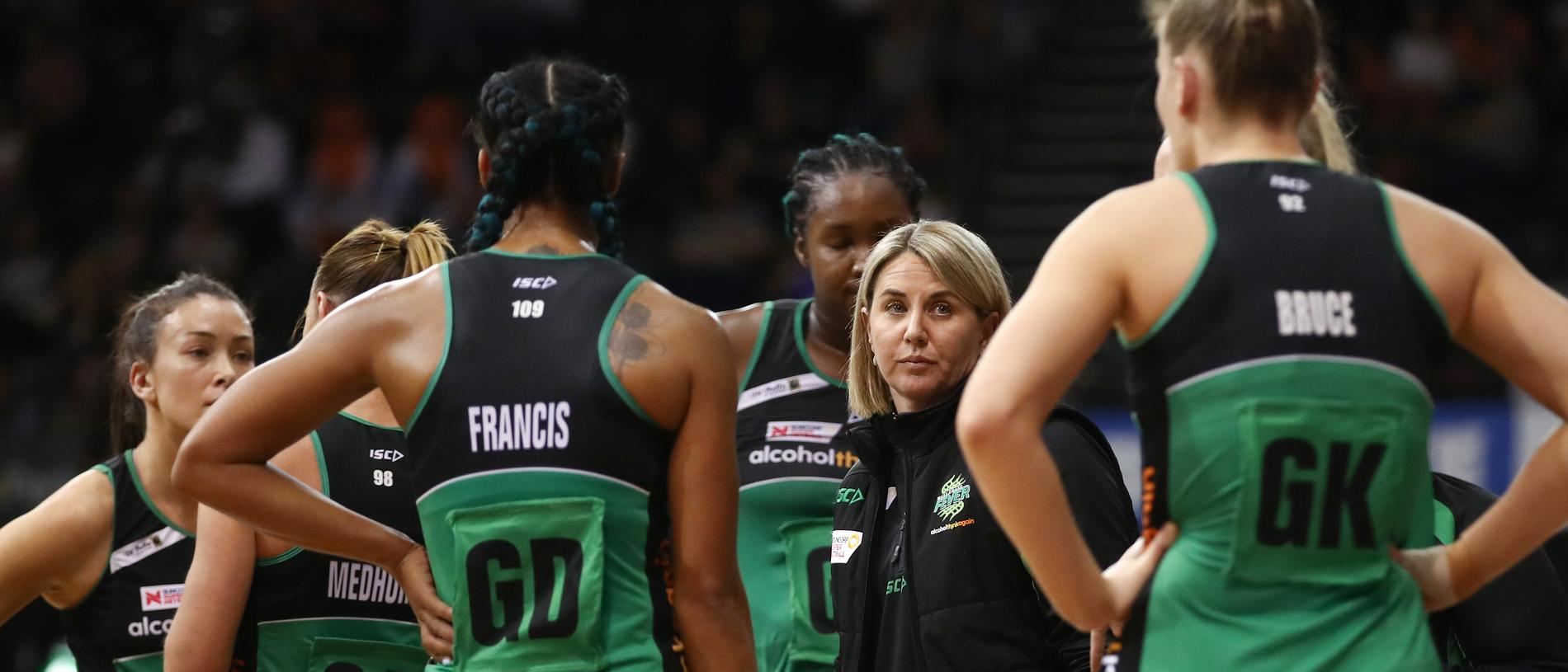 Fever coach, Stacey Marinkovich speak to her players during the Super Netball Major Semi Final match between Giants Netball and the West Coast Fever at QuayCentre in Sydney, Saturday, August 11, 2018. (AAP Image/Brendon Thorne) NO ARCHIVING, EDITORIAL USE ONLY