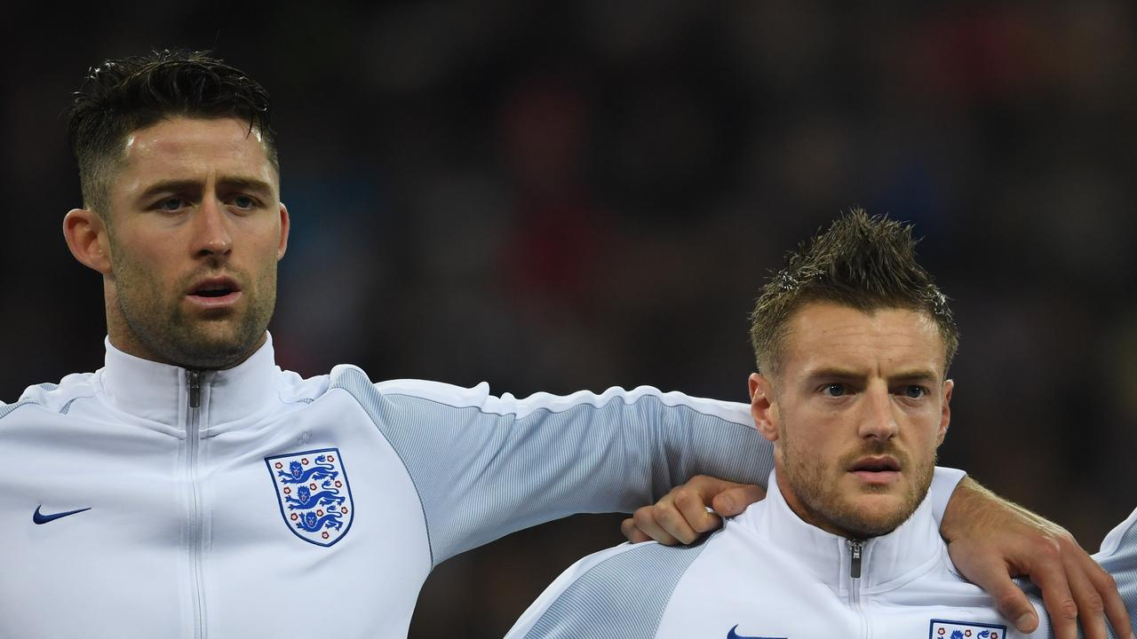 Gary Cahill and Jamie Vardy have announced their retirement from international football.