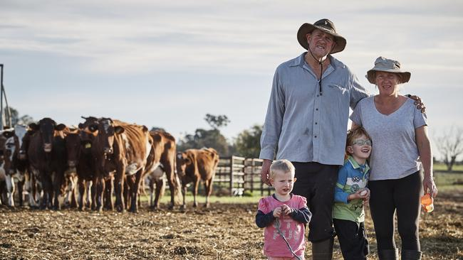 Dairy farmers Barry and Rosey Warburton and their children from Struggle Street. Supplied by SBS-TV.