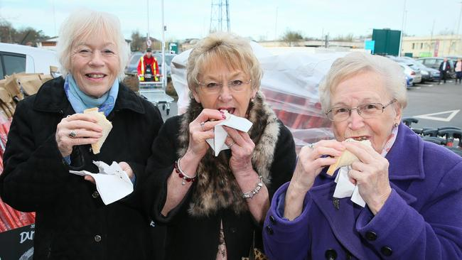 While this trio loved a sausage sizzle at a UK Bunnings, not enough people have done the same.