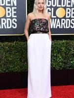 Australian actress Margot Robbie arrives for the 77th annual Golden Globe Awards on January 5, 2020, at The Beverly Hilton hotel in Beverly Hills, California. (Photo by VALERIE MACON / AFP)
