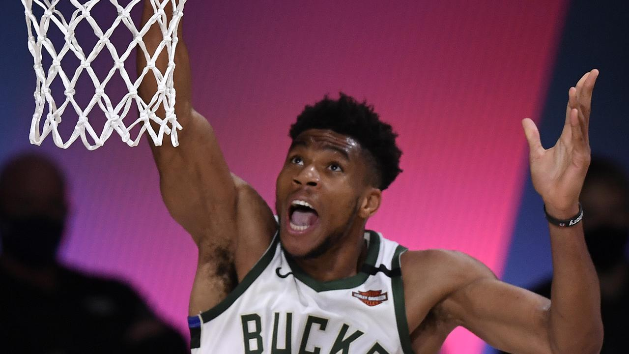 Could Giannis join the Mavs? (Photo by Douglas P. DeFelice/Getty Images)