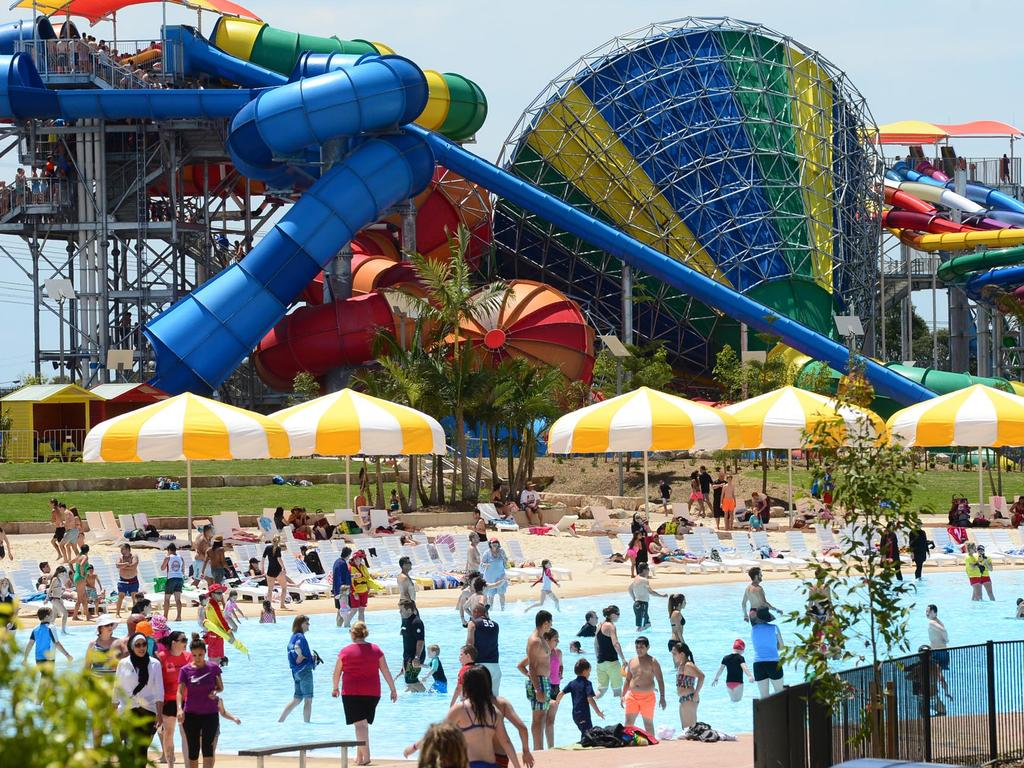 Wet 'n' Wild: Water park settles with woman suing over injury