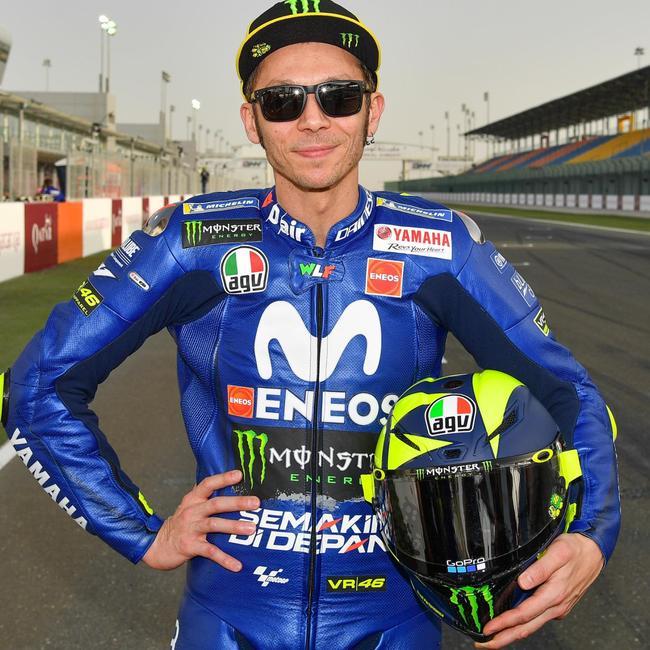Valentino Rossi's 2018 MotoGP helmet design, inspired by retro F1; gallery | Fox Sports