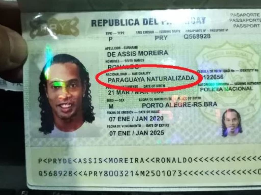 Ronaldinho is not a naturalised Paraguayan citizen, as his passport claimed.