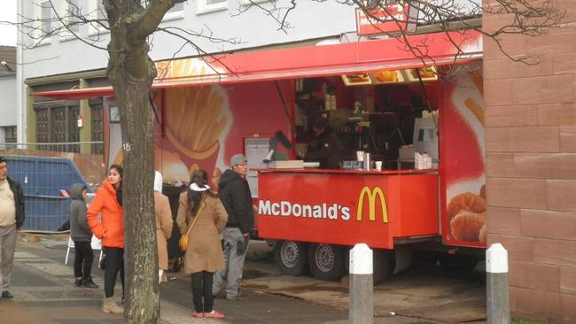 mcdonalds food truck should this be the company s new plan for the australian market. Black Bedroom Furniture Sets. Home Design Ideas