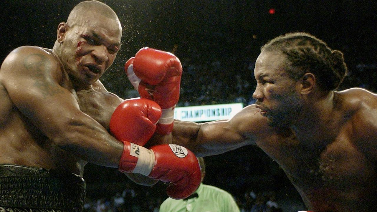 Mike Tyson (l) vs Lennox Lewis (r) WBC heavyweight world championship match in Memphis 08 Jun 2002.