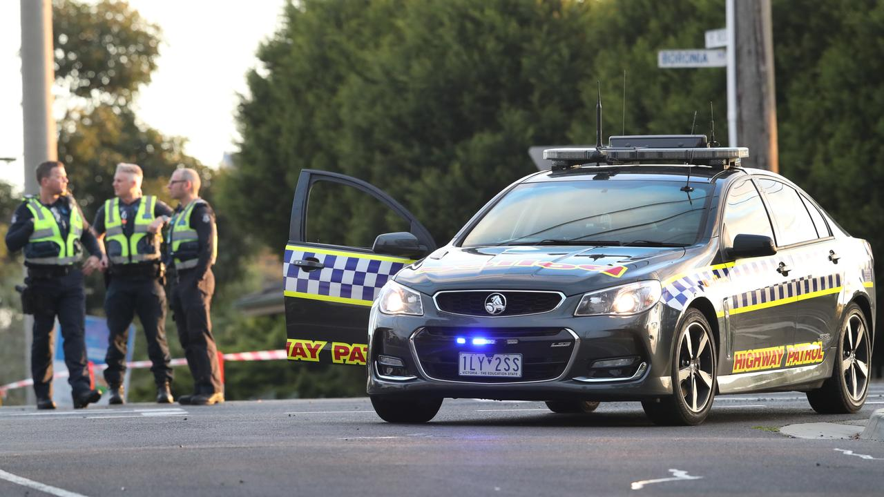 Good Samaritan killed in Melbourne after stopping at fatal