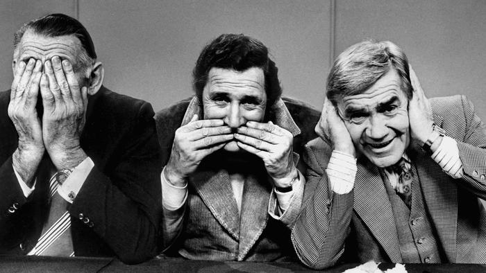 1978. Jack Dyer, Bob Davis and Lou Richards on the set of the television show League Teams. TV. Neg: LH17200