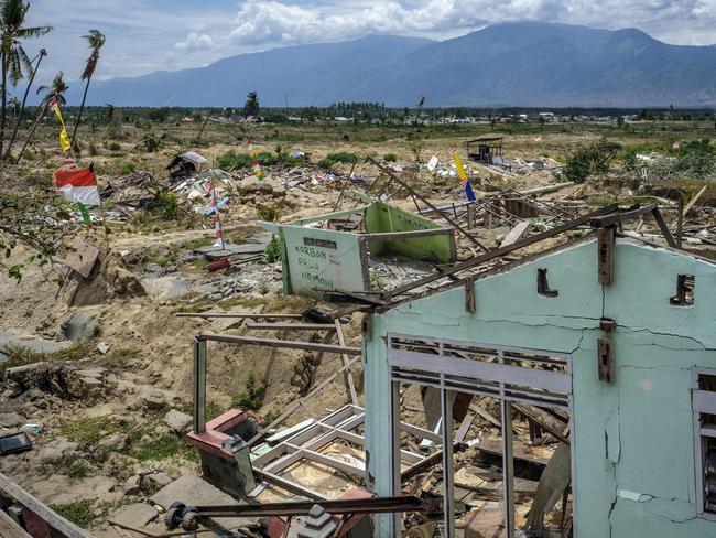Sulawesi: Magnitude 6 8 earthquake hits off Indonesia's island