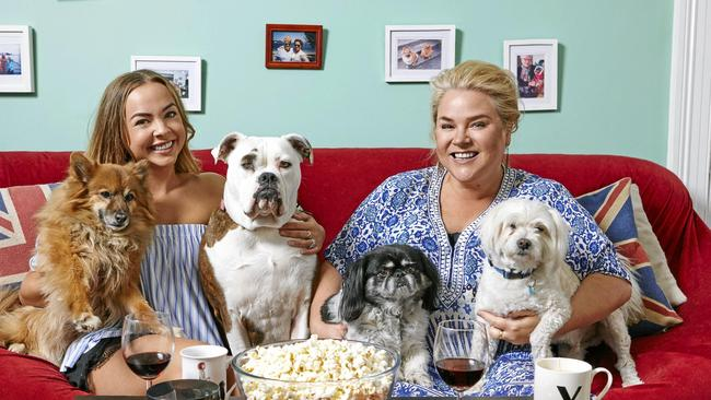 Angie Kent and Yvie Jones were fan favourites on Gogglebox. Supplied by Channel 10.