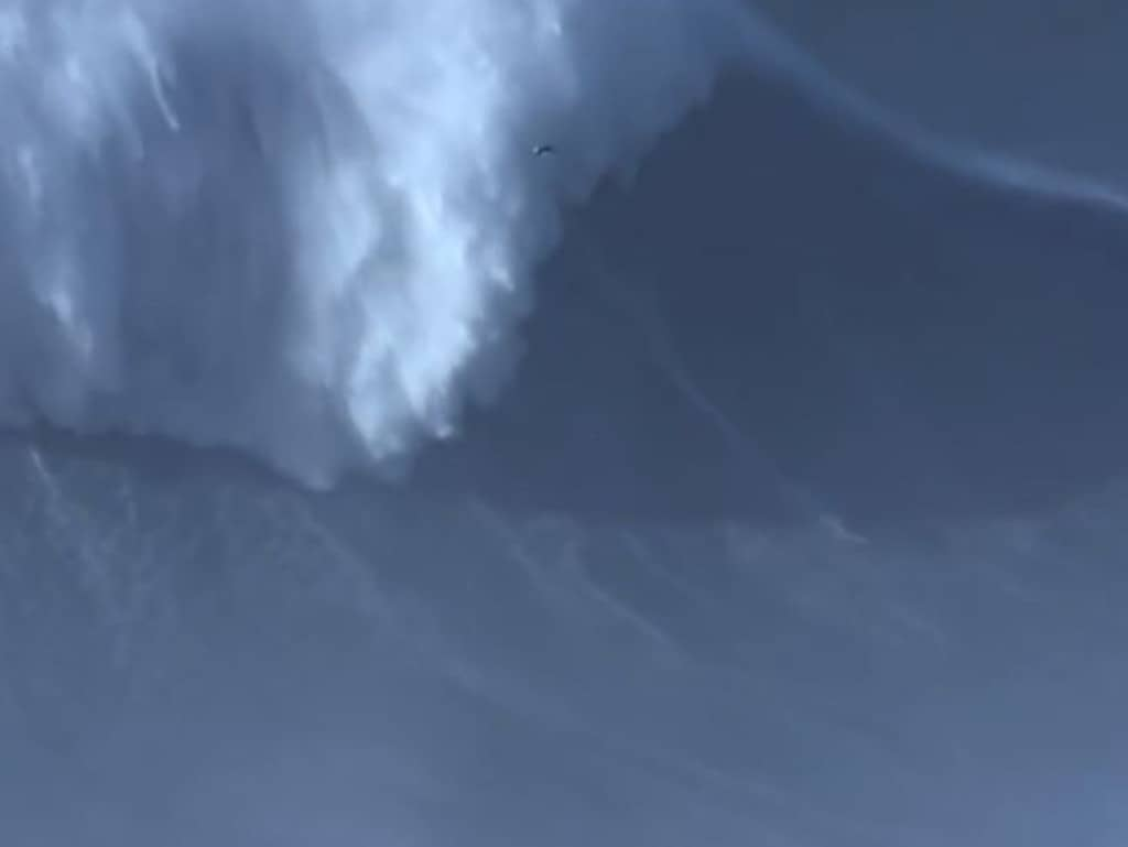Rodrigo Koxa's world record wave.