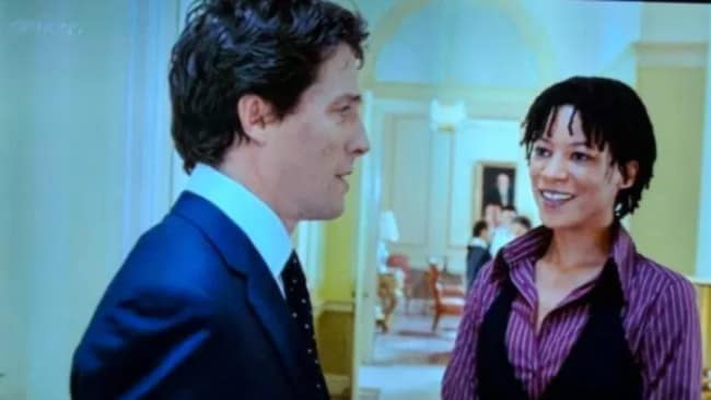 Still wearing the same tie while chatting to Annie, his chief of staff, then... Photo: Love Actually