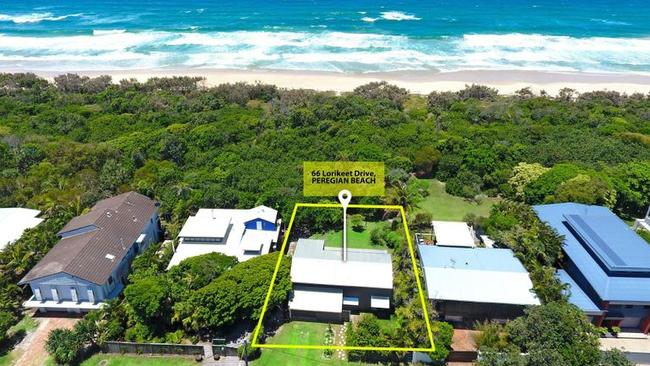 How close do you want to be to Peregian Beach? This is 66 Lorikeet Drive.