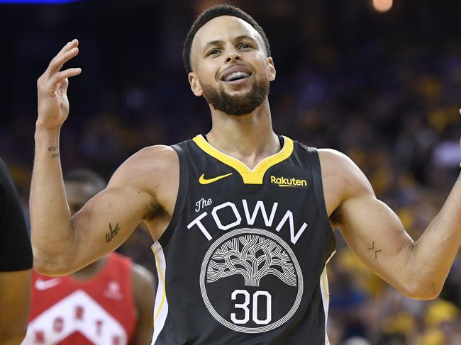 'C'mon man, more injuries' Stephen Curry reacts.