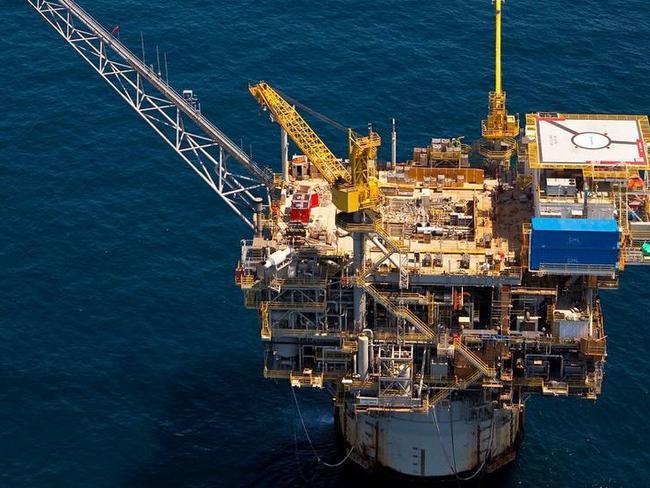 Chevron to buy Anadarko Petroleum for $33 billion in cash