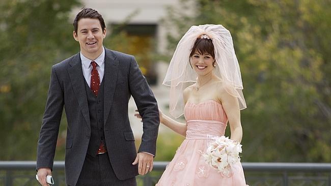 Actors Rachel McAdams and Channing Tatum in scene from 2012 film 'The Vow'.