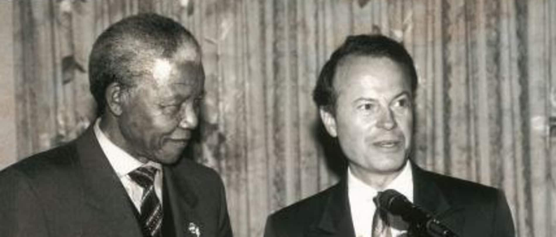 Richard Lapchick with Nelson Mandela.