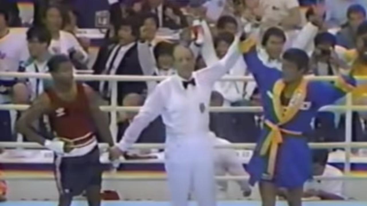 Roy Jones Jr denied victory against Park Si-Hun in the 1988 Olympic final.
