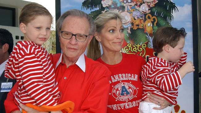 Larry King and his wife Shawn Southwick with their sons in 2003. Picture: Chris Delmas/AFP