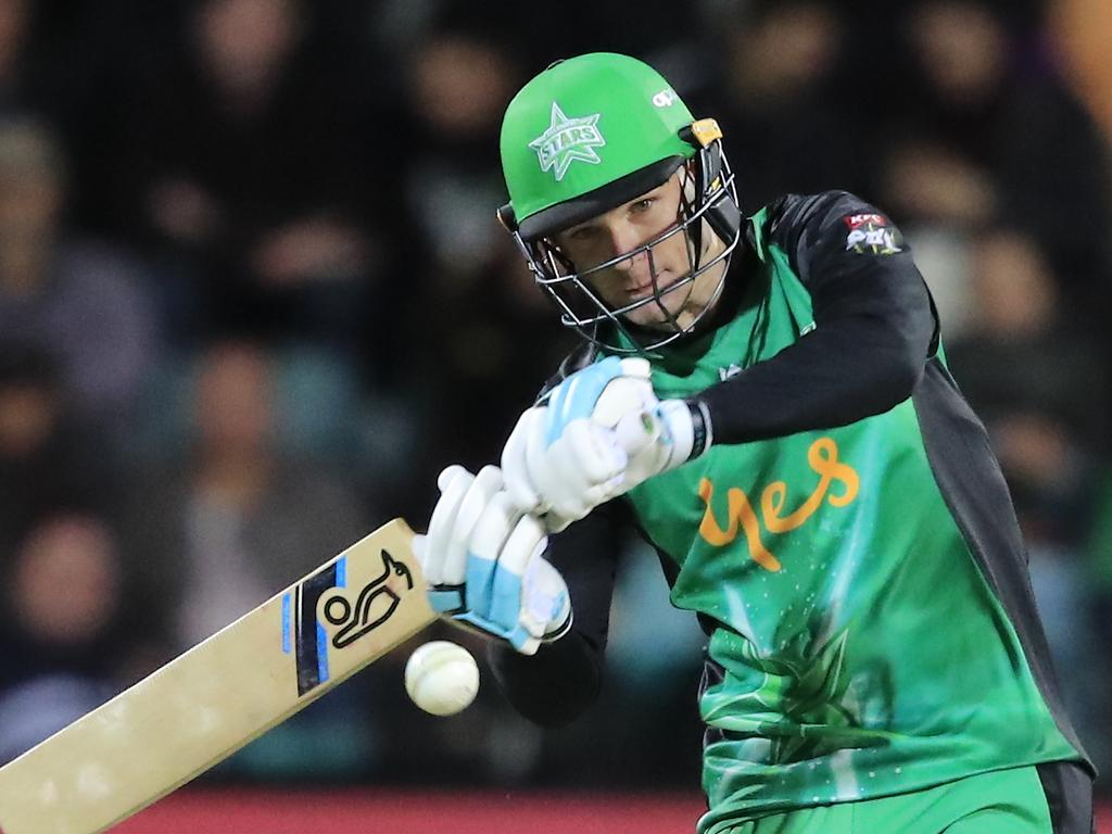 Peter Handscomb of the Stars bats during the Big Bash League (BBL) semi-final match between the Hobart Hurricanes and the Melbourne Stars at Blundstone Arena in Hobart, Thursday, February 14, 2019. (AAP Image/Rob Blakers) NO ARCHIVING, EDITORIAL USE ONLY, IMAGES TO BE USED FOR NEWS REPORTING PURPOSES ONLY, NO COMMERCIAL USE WHATSOEVER, NO USE IN BOOKS WITHOUT PRIOR WRITTEN CONSENT FROM AAP