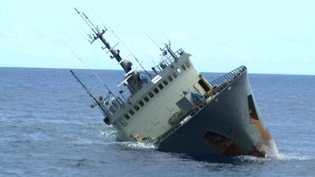 Poaching vessel Thunder sinks in suspicious circumstances