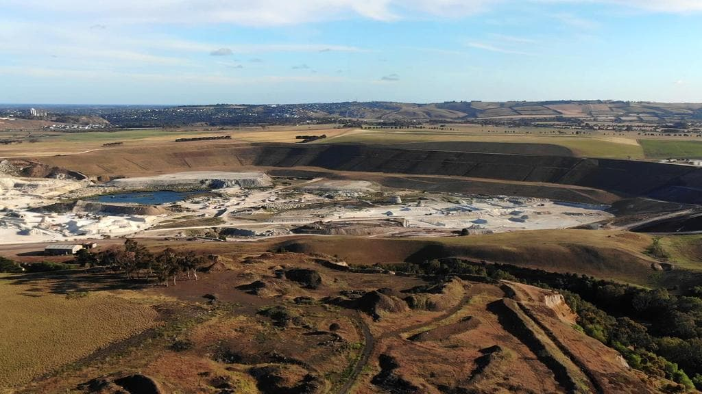 Batesford quarry could be transformed into massive lake