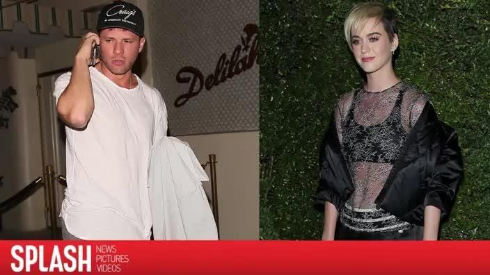 Ryan Phillippe denies dating Katy Perry with hilarious tweet