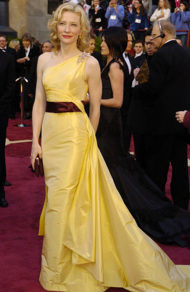 Cate Blanchett at 77th annual Academy Awards.