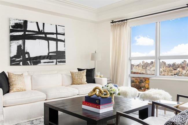 Inside the Manhattan home that model Adriana Lima just sold