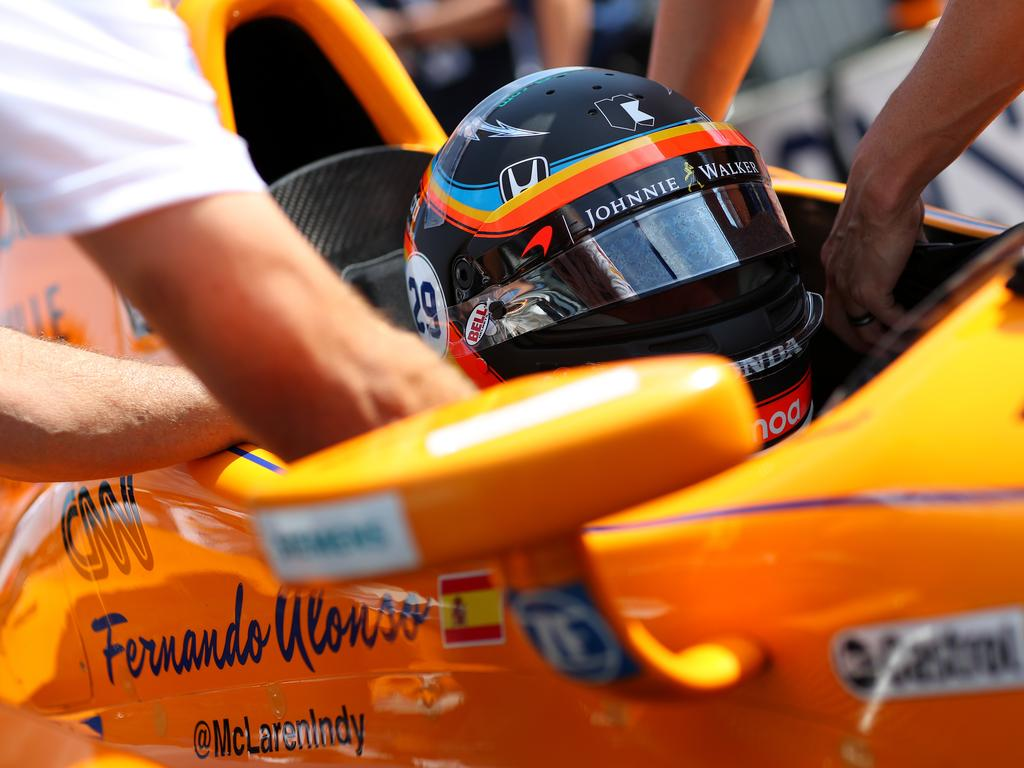 INDIANAPOLIS, IN - MAY 26:  Fernando Alonso of Spain, driver of the #29 Chandon Honda prepares to drive during Carb day for the 101st Indianapolis 500 at Indianapolis Motorspeedway on May 26, 2017 in Indianapolis, Indiana.  (Photo by Chris Graythen/Getty Images)