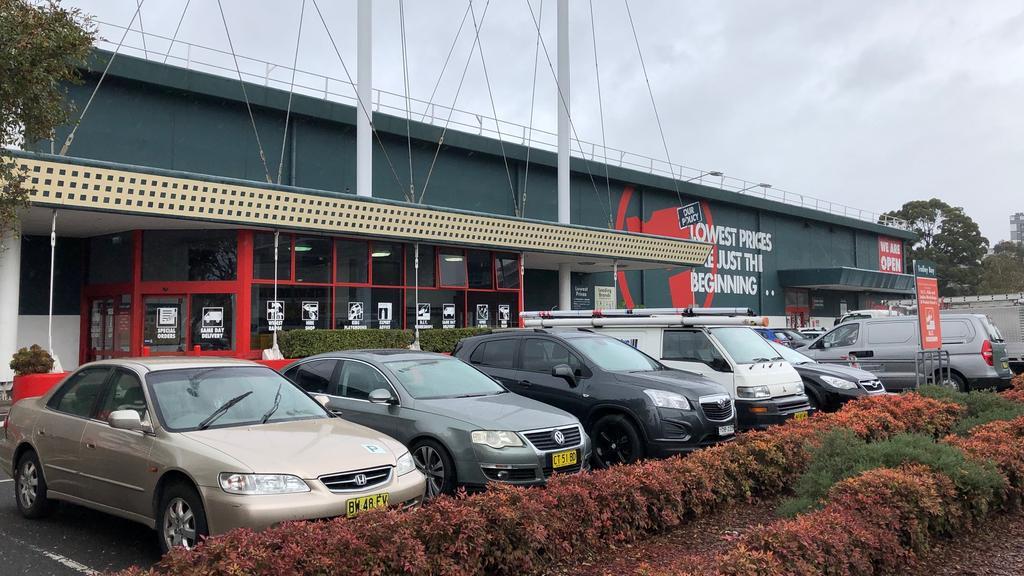 Bunnings Warehouse blames WestConnex for closure | News Local