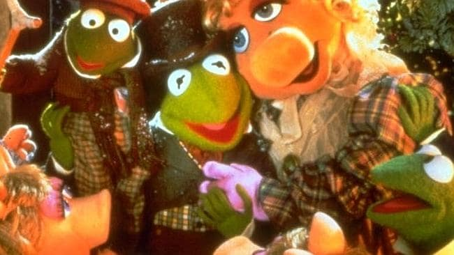 Kermit and Piggy's family in The Muppet Christmas Carol.