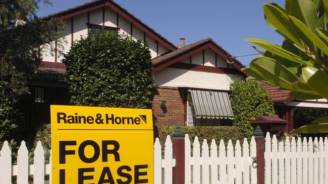 Homes for rent three bedroom house two bedroom unit - 2 bedroom units for rent brisbane ...