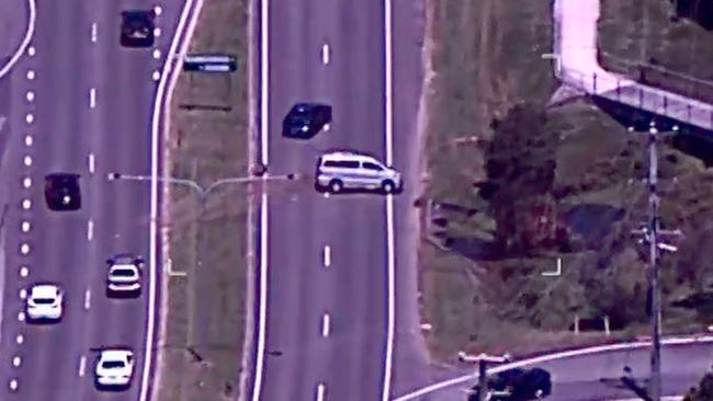 Police helicopter films carjacking spree, interstate police