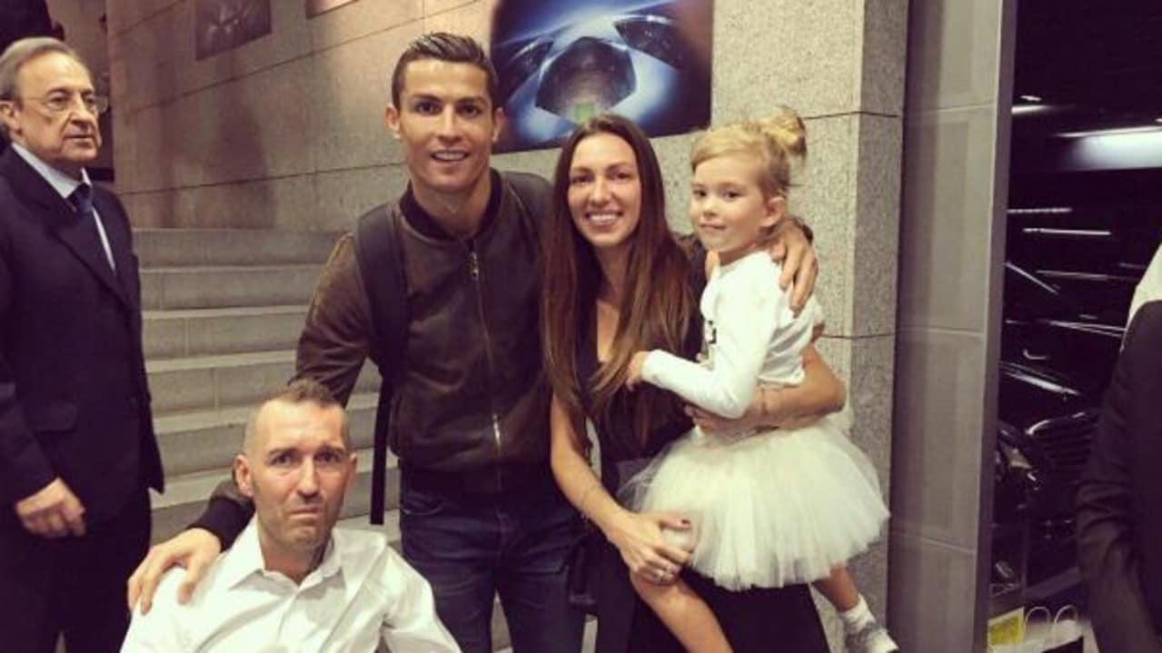 Ronaldo invited former Rangers defender Fernando Ricksen, who had motor neurone disease, and his family to a Real Madrid game. Credit: @RicksenVeronika