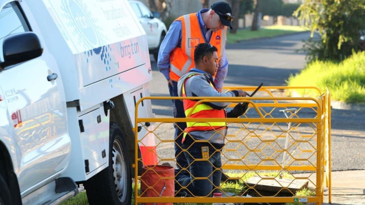 NBN write-down inevitable after 'disastrous' roll out: Quigley
