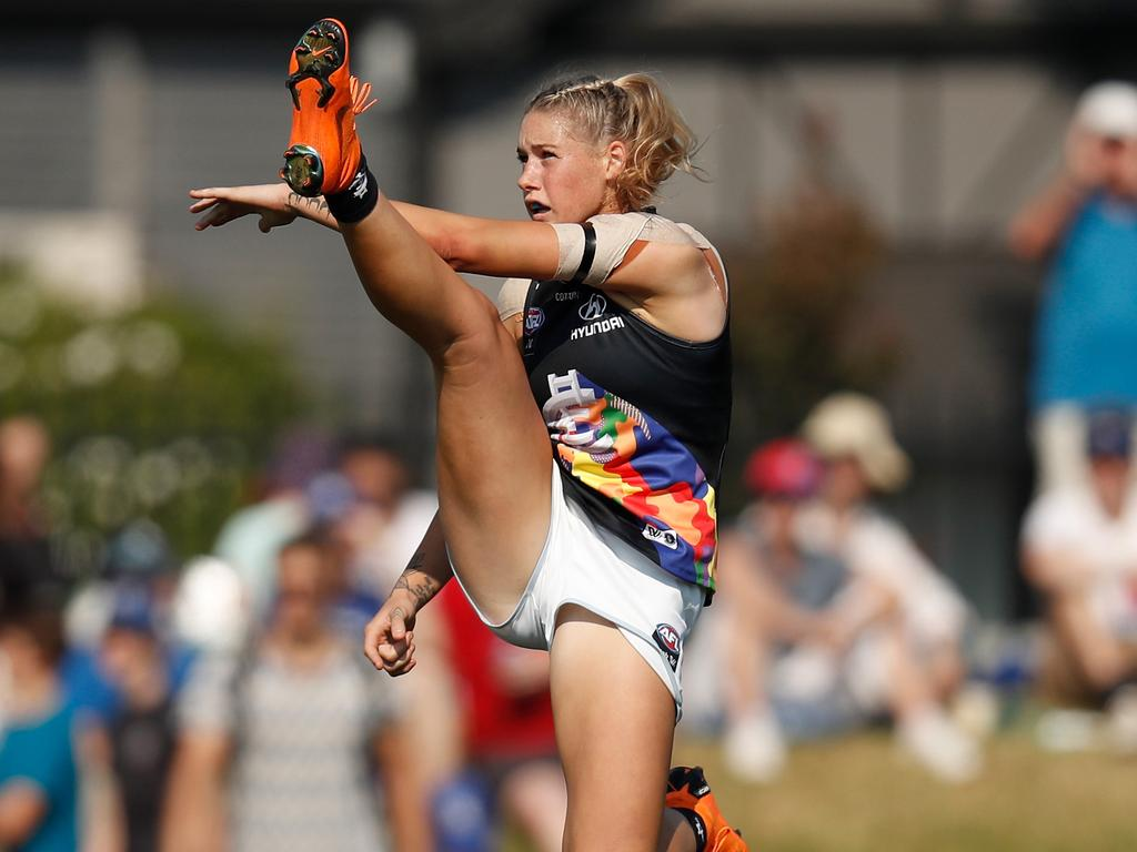 The image of Tayla Harris that started it all.