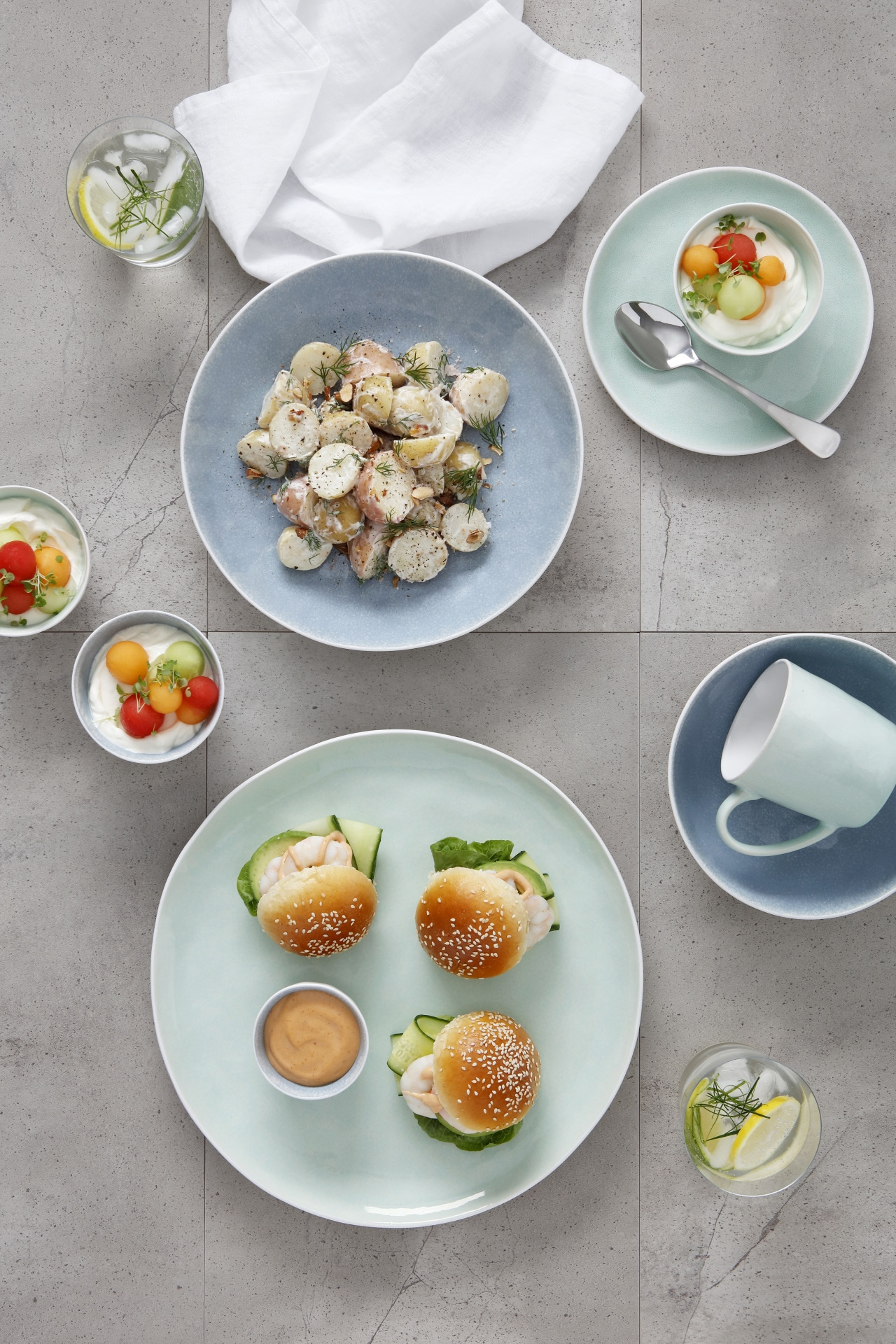 Recipe: summery prawn sliders